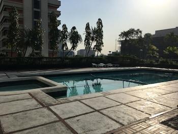 Manila Pavilion Hotel Pool
