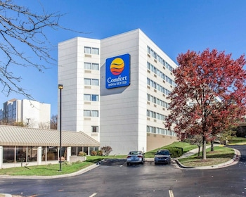 Comfort Inn & Suites BWI Airport
