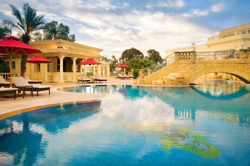. Sheraton Tunis Hotel