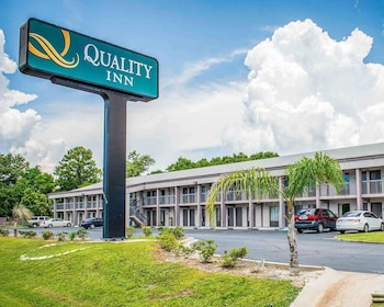 Hotel - Quality Inn & Conference Center