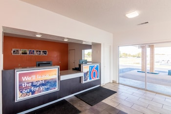 Motel 6 Clinton OK - Reception  - #0