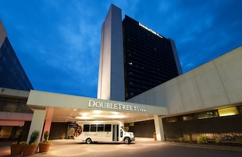 Featured Image at Doubletree by Hilton Bloomington - Minneapolis South in Bloomington