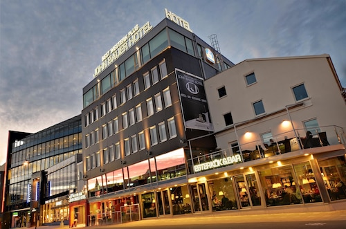 . Best Western Plus John Bauer Hotel