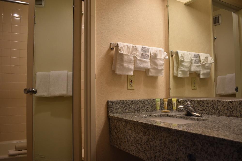 Clean Restrooms