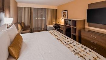Standard Room, 2 Queen Beds, Accessible, Refrigerator