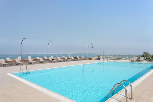 . Sheraton Tel Aviv Hotel