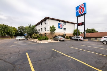 Motel 6 St Paul I 94