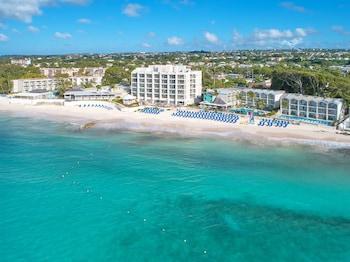 Sea Breeze Beach House By Ocean Hotels