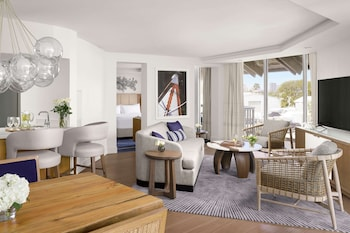 Suite, 1 King Bed (Intracoastal View)