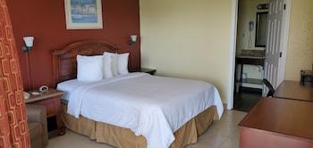 Standard Room, 1 Queen Bed, Harbor View