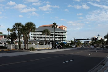 Hotel - Clearwater Beach Hotel