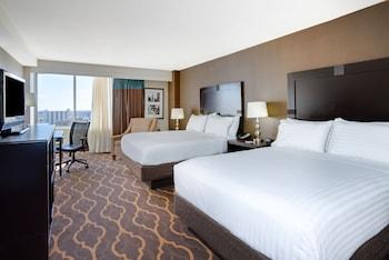 Guestroom at Holiday Inn Express Philadelphia-Midtown in Philadelphia