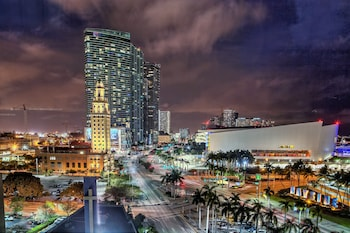Holiday Inn Port of Miami - Downtown - Featured Image