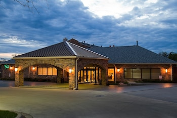 Hotel - Best Western Plus Antioch Hotel & Suites