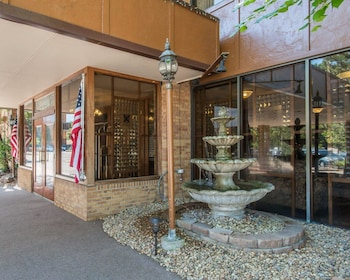 Hotel - Rodeway Inn and Suites The Broker