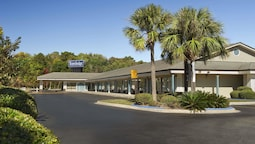 Travelodge by Wyndham Hinesville