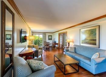 Lodge One Bedroom Suite