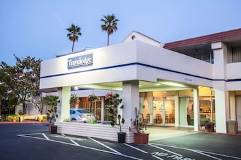 Hotel - Travelodge by Wyndham Monterey Bay