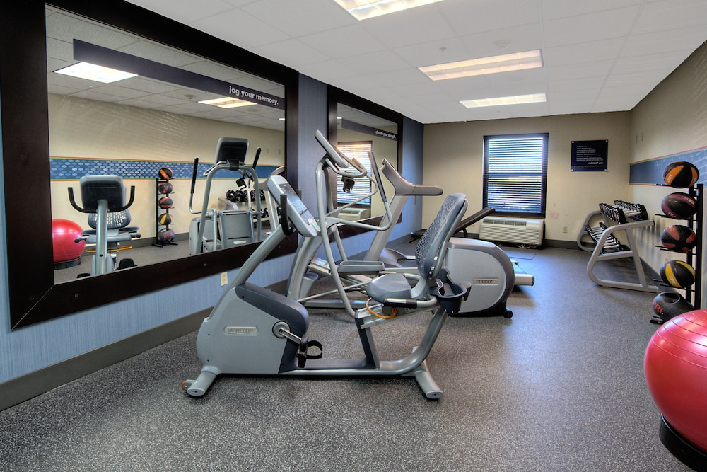 Health and Fitness : Fitness Facility 19 of 114
