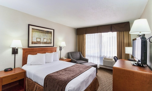 __{offers.Best_flights}__ The Downtown Duluth Inn