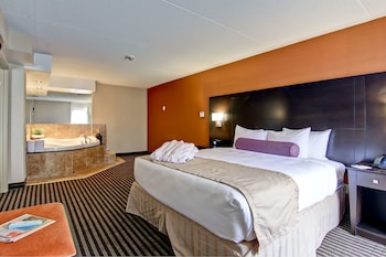 Suite, 1 King Bed, Non Smoking, Jetted Tub (1st Floor;with Sofabed)