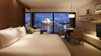 Room, 2 Twin Beds, View (Opera View)
