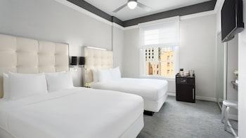 Economy Petite, 2 Double Beds