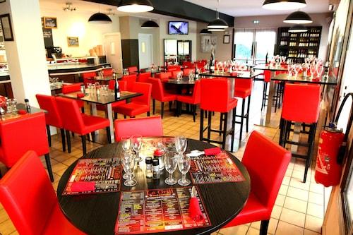 . Logis Hôtel Restaurant Le Grill
