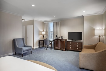 Junior Suite, 1 King Bed, View (Willard Room)