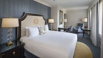 Premium Room, 1 King Bed, View