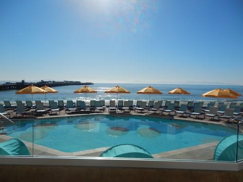 . Dream Inn Santa Cruz