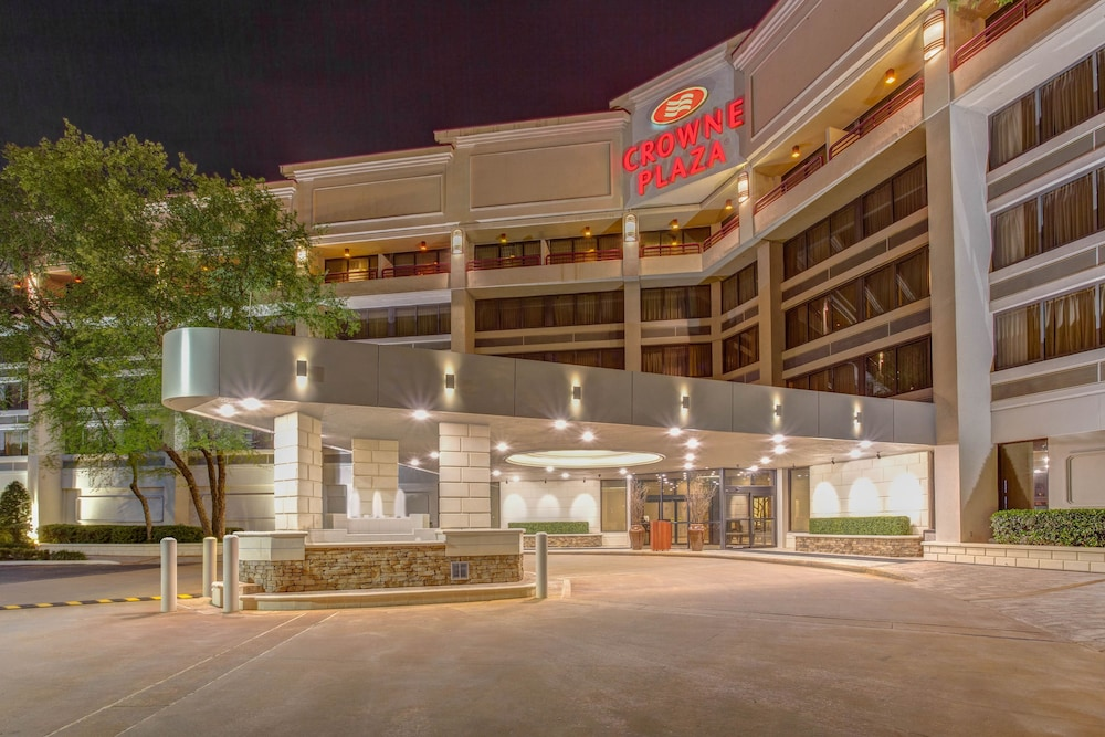 Photo of Crowne Plaza Baton Rouge