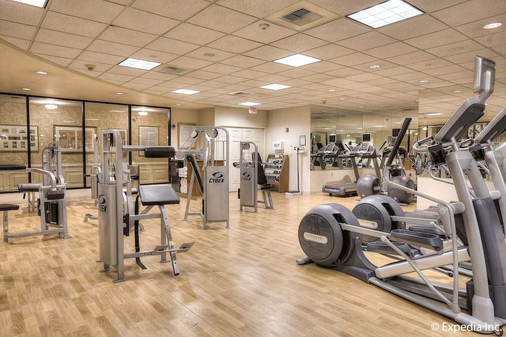 Health and Fitness : Fitness Facility 49 of 118