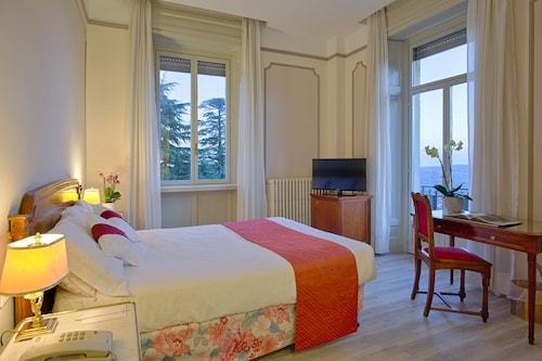 __{offers.Best_flights}__ Palace Grand Hotel Varese