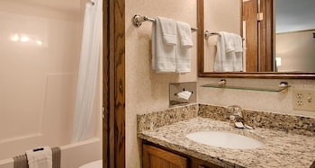 Centerstone Resort Lake-Aire - Bathroom  - #0