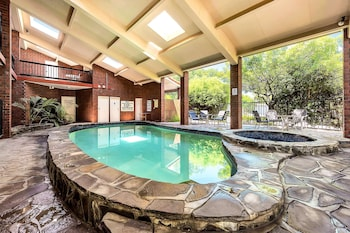 索布瑞洛凱富套房飯店 Comfort Inn & Suites Sombrero