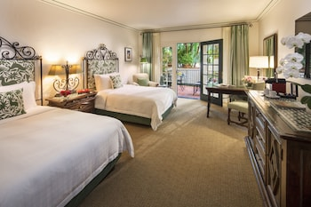 Junior Room, 2 Double Beds (Jungle)