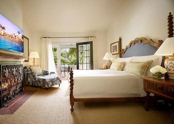 San Miguel One Bedroom Suite King Bed
