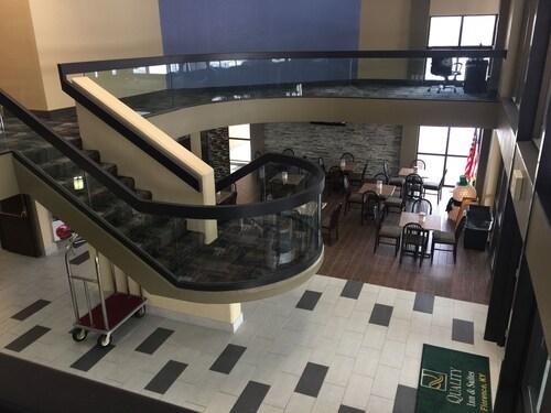 . Quality Inn & Suites Florence - Cincinnati South