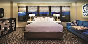 Deluxe Room, 1 King Bed, Tower (Tower Deluxe King Bed)