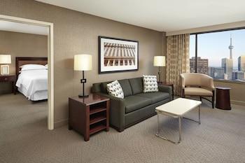 Club Suite, 1 Bedroom, Non Smoking, City View