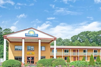 Hotel - Days Inn & Conference Center by Wyndham Branford New Haven