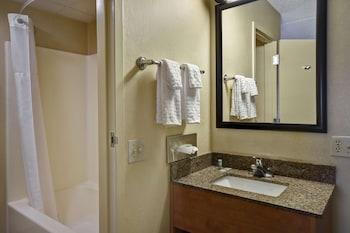Standard Oda, 2 Büyük (queen) Boy Yatak, Sigara İçilmez, Buzdolabı Ve Mikrodalga