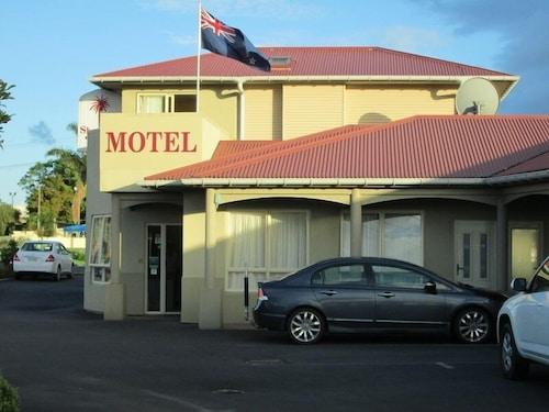 . Shortland Court Motel