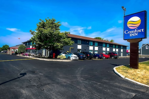 . Comfort Inn Belleville