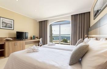 Standard Triple Room, Sea View (2AD+1CH)