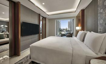 Grand Suite (Not for Repatriation)