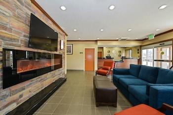 Comfort Inn Suites Coralville Ia Reservations Com