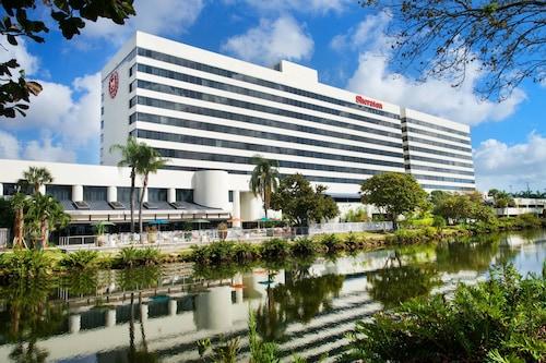 . Sheraton Miami Airport Hotel & Executive Meeting Center