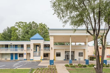 Days Inn by Wyndham Fredericksburg North